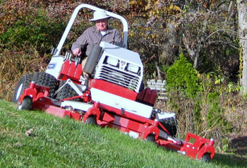 Contour Mower on 28 Degree Side Slope.JPG