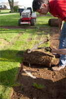 "<a href=""/press/?iid=1626"" class=""presslink"">Enlarge Picture/Press Link</a>Split Root :: Sod Cutter slices through a hidden root."