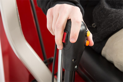 12V Front Controls - The 12v controls are now built into the handle of Ventrac 3400 tractors for easy fingertip access.