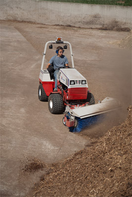 Ventrac 4500Y AWD tractor with Power Broom - The power broom efficiently clears debris leaving behind a clean and smooth surface area.