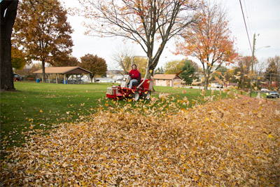 Power Blower for Ventrac 3400 - Move large amounts of leaves quickly and efficiently