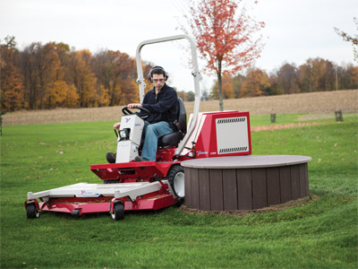 Ventrac 3400L tight turning radius - The Ventrac 3400 is one maneuverable tractor with its center-point articulation and AWD transmission.