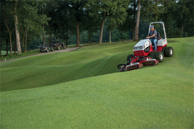 Ventrac 4500 with Dual Wheels using Reel Mower - When powered by the all-wheel drive Ventrac 4500 tractor with dual wheels, the MR740 can be operated on hills and slopes up to 30 degrees