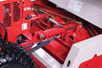 Hydraulic Flip Up Kit - Ventrac's finish mowers have an available hydraulic flip-up kit. This kit will allow the mower deck to be flipped up usingthe S.D.L.A. controls.
